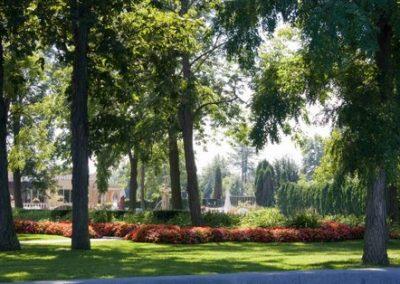 Liuna gardens